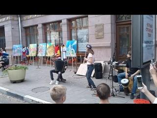 Просто приятная музыка на улицах Самары! Хорошего настроения моим друзьям!