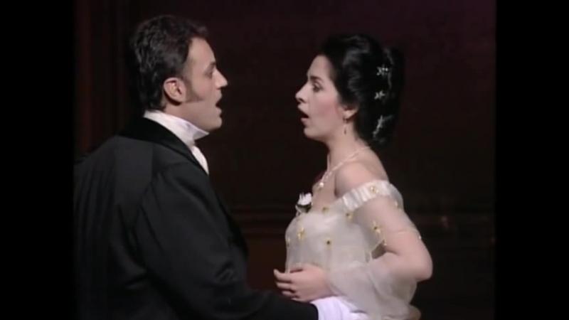 Angela Gheorghiu sings Un di felice eterea from La Traviata by Verdi