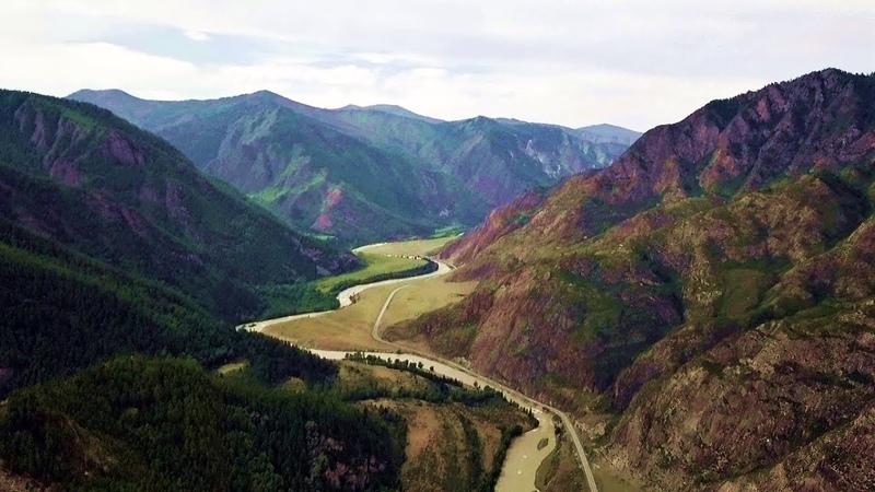 Горная река Чуя в Горном Алтае