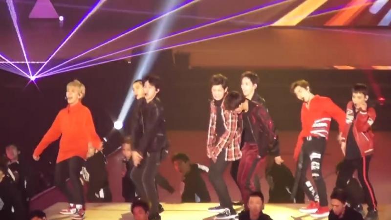 [FANCAM] 180128 The EℓyXiOn in Saitama D-2 @ EXО`s Baekhyun - Power