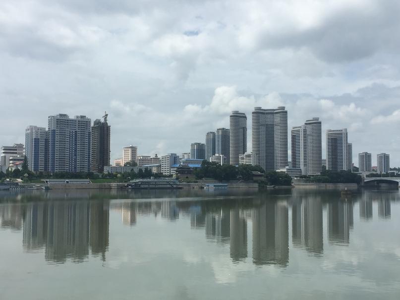 Вид на западный Пхеньян