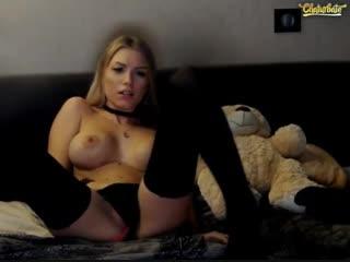 Killer Katrin (Killer_tits) - Webcam