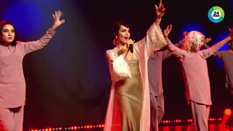 Сати Казанова на музыкальном конкурсе Во весь голос