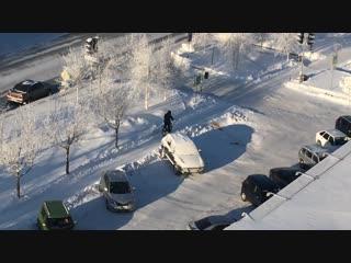 Я буду долго гнать велосипед в густых снегах его остановлю...