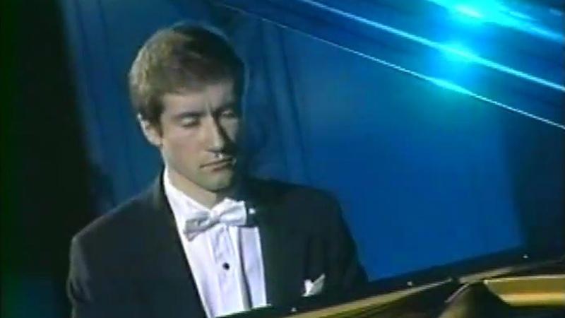 Nikolai Lugansky plays Medtner Canzona serenata op 38 No 6 Moscow 2002