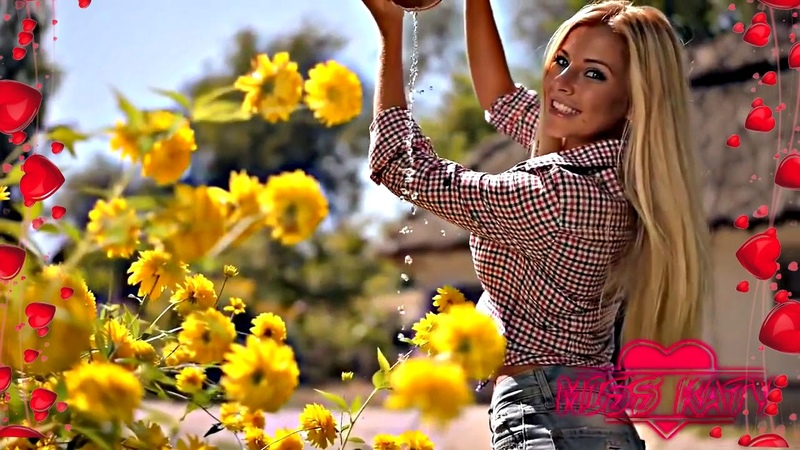 ✔ УХ ТЫ Какая красивая девушка и весёлая песня Послушайте