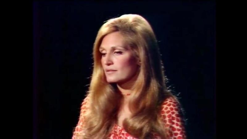 Dalida ♫ Avec le temps ♪ 1971 L'invitée du Dimanche Rushes en couleurs