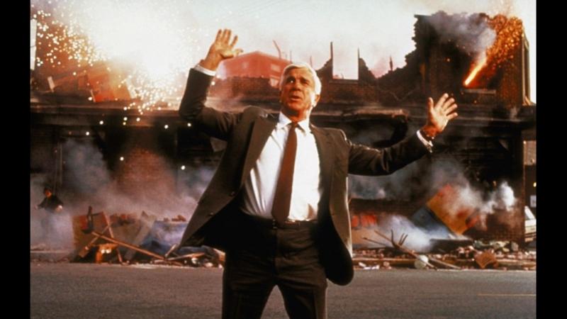 Отрывок из фильма Голый пистолет - лейтенант Фрэнк Дребин