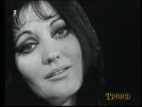 Tereza Kesovija - Ponoć je tako tiha