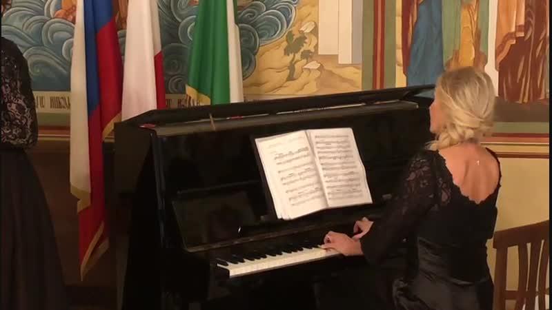 Участие Веры Азиковой в культурно просветительской программе в итальянском городе Бари