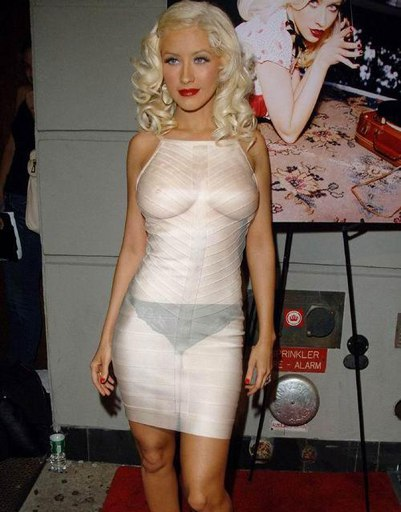 25 знаменитостей, которые забыли, что нижнее белье нужно надевать фото
