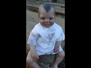 Дьявольская кукла на кладбище