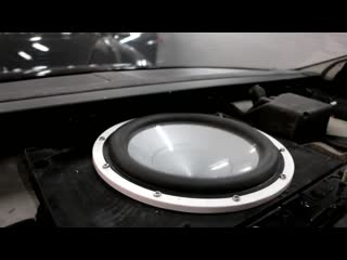 Audi a8l — установка сабвуфера hertz hms 10b marine