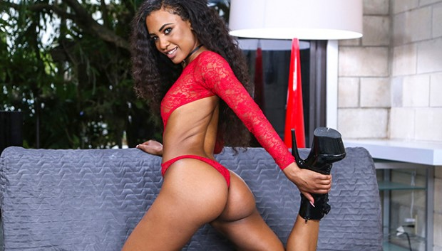 BangBros - Ebony Beauty Demi Squirts For First Time