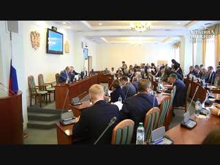 Зарплату бюджетников Нижегородской области планируется увеличить на 7 % в 2019 году