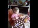 поедание пряников,росписанных с Ириной Виноградовой