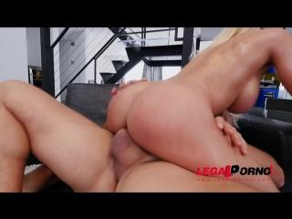 Luna Star - Latina Queen Luna Star Shows Us Why Shes A Pornstar Vs 2 Cocks