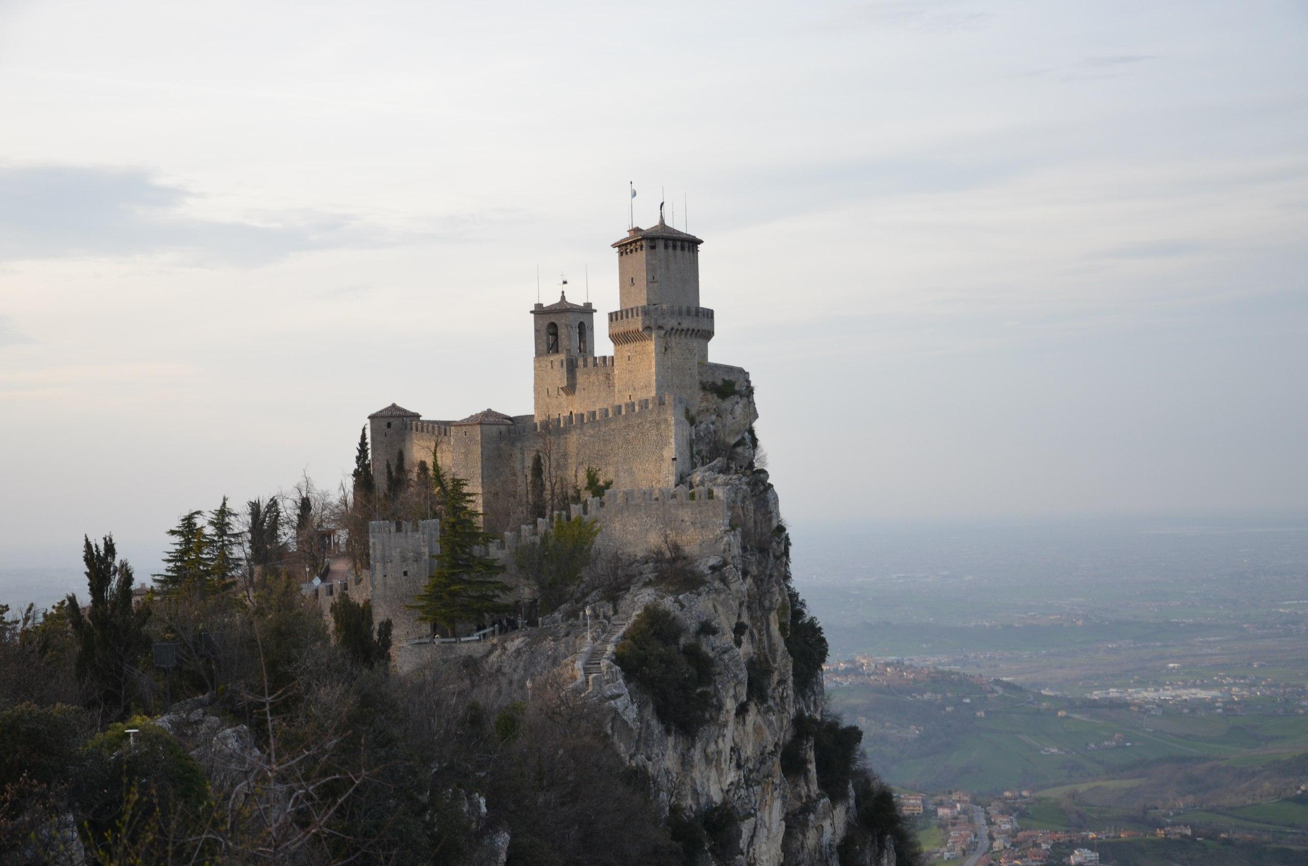 IzDayteVluc Сан-Марино маршрут и достопримечательности