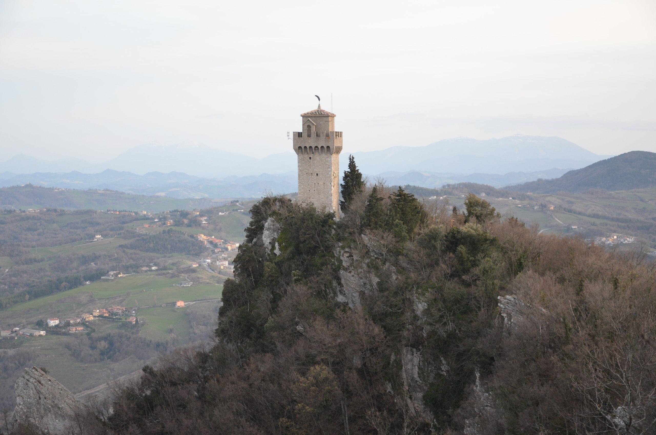 LpKARG2oChU Сан-Марино маршрут и достопримечательности