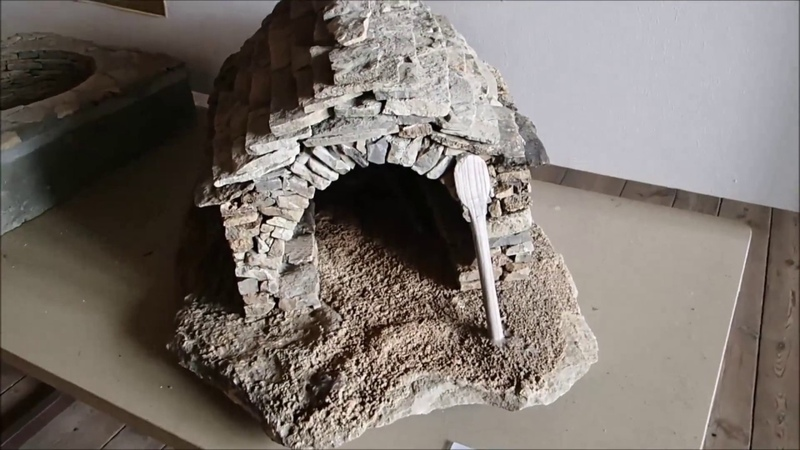 Pilou34 présente château de St Beauzély outil anciens moisson maçon et tailleur de pierre