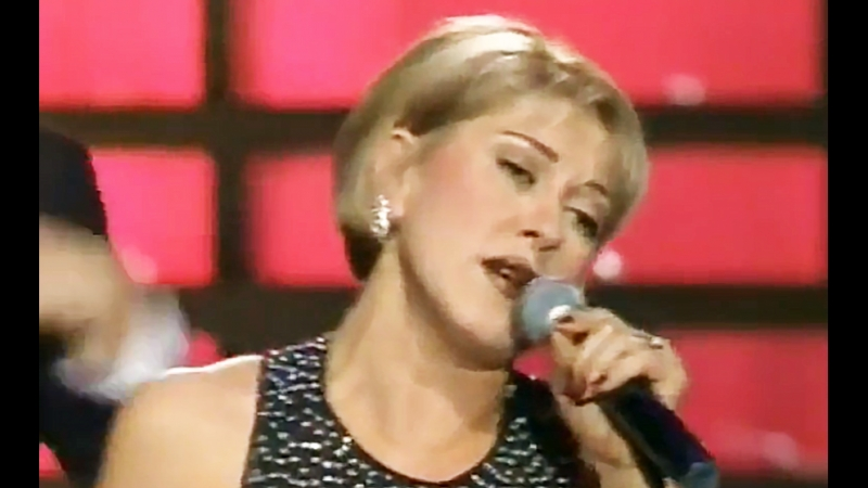 За двадцать лет, что певица прожила в сша, она так и не выучила английского, и, в конце концов, она принимает решение вернуться в россию.