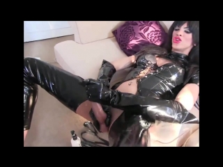 sexy_shemale_strokes_big_cock_in_pvc_outfit_720p