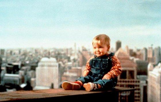 Видео к фильму «Младенец на прогулке, или Ползком от гангстеров» (1994): Трейлер » Freewka.com - Смотреть онлайн в хорощем качестве