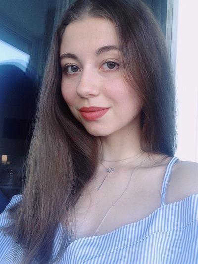 Полина Тесёлкина
