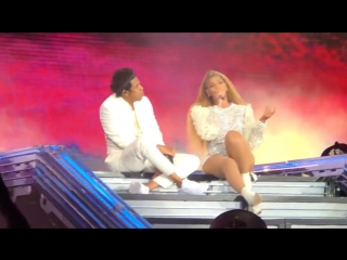 The Carters - SUMMER (Live in Chicago)