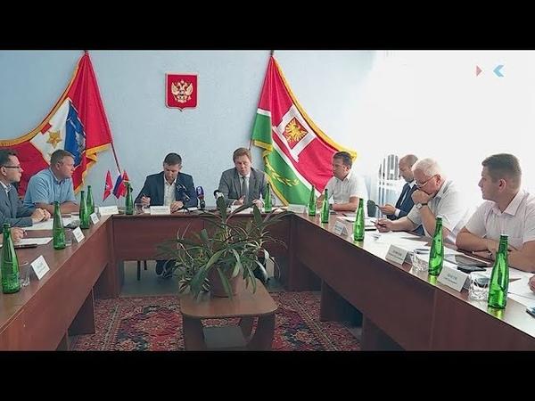 Губернатор Севастополя выслушал проблемы крымских-татар