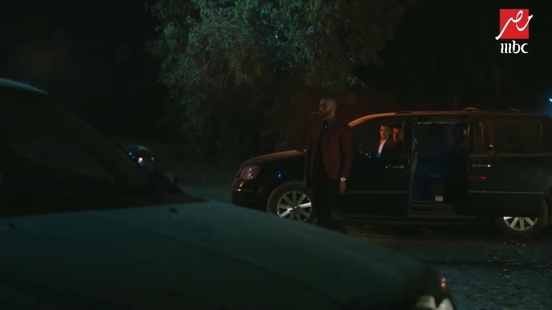 الأسطورة حلقة 17 ناصر يجرب السلاح المحلي الذي صنعه في أول عملية له مع بدر و كمال mp4