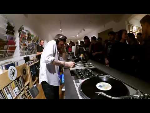 Blawan X Made Up Sound @ Rush Hour Instore Session ADE 2016