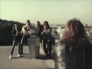 SCORPIONS ★ Bad Boys Running Wild (clip)