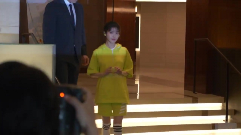 [EVENT] 180523 @ IU at SONY KOREA Launching Event (SP Series New Collection) Fancam by dlwlrma 930516