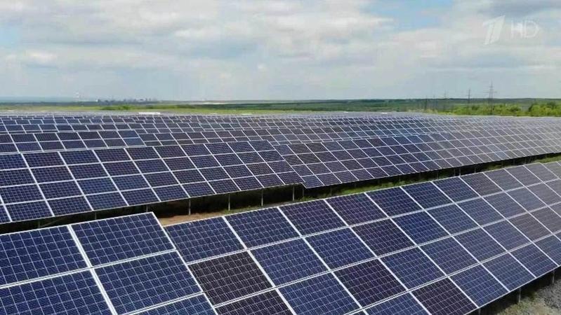 Крупнейшая встране солнечная электростанция заработала вСамарской области