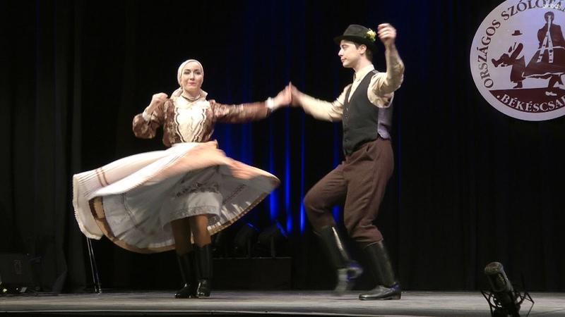 Eszter s Richárd Andrásházi román táncok