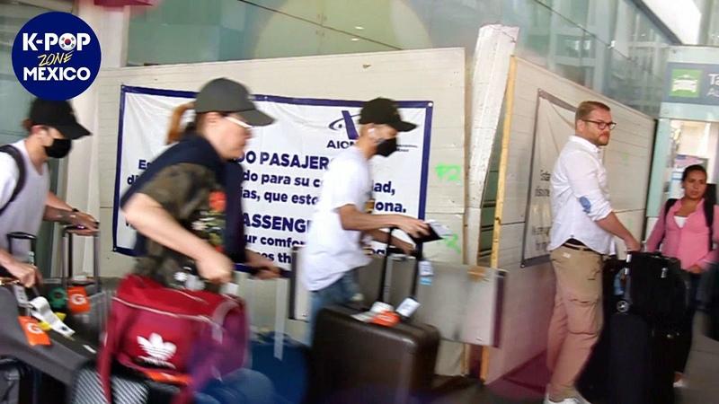 09.06.18 THE ROSE в аэропорту Мехико
