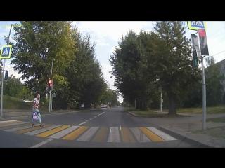 Дятел Пролетел на красный,что творится на дорогах Пензы?!
