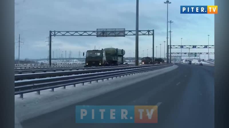 Движение военной техники по КАД спровоцировало пробку