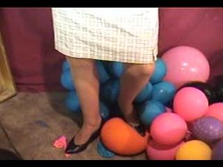 Balloon_pop_3-001-01