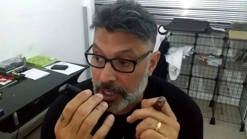 Alexandre Frota liga pro Wagner Moura pra avisar que o Lula foi condenado
