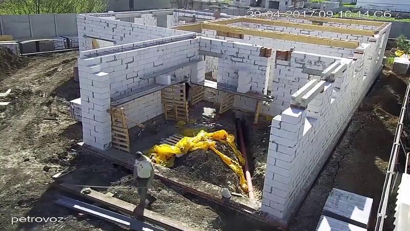 Процесс строительства дома из блоков
