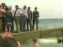 Пьяный Президент Ельцин выкинул девушку в воду