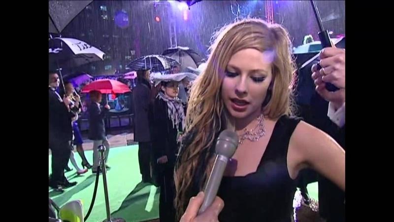 Avril Lavigne Alice In Wonderland Royal Premiere
