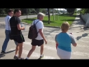 Мы вышли из отеля и Йохан повёл нас на тренировку в парк.