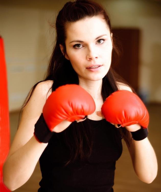 Многие фитнес-залы имеют боксерскую арену.