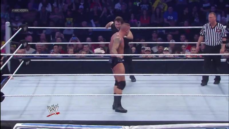 Randy Orton battles Dean Ambrose on SmackDown