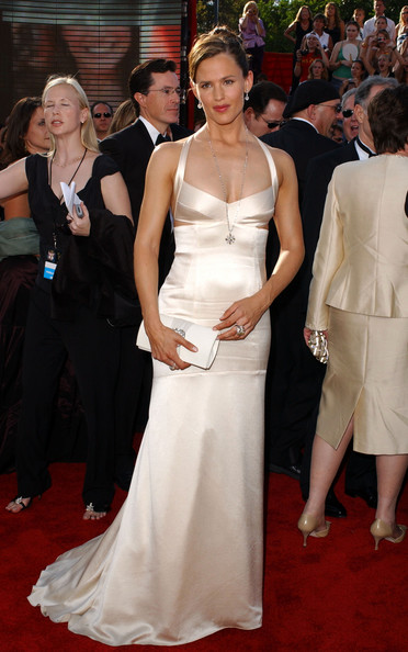 Дженнифер Гарнер в белом