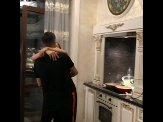 Гүзәл Уразова һәм Илдар Хәкимовтан яңа җыр!