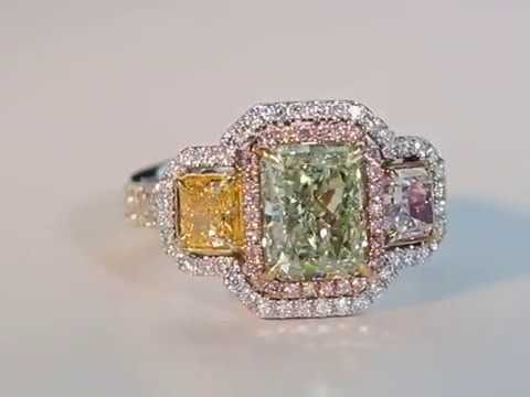 NATURAL Green, Yellow and Pink Diamonds in this ring r7102